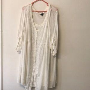 """Off-white button up """"t-shirt dress"""" never worn"""